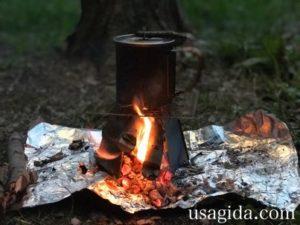 スノーピークのチタンシングルマグ450とヘキサゴンウッドストーブで焚き火